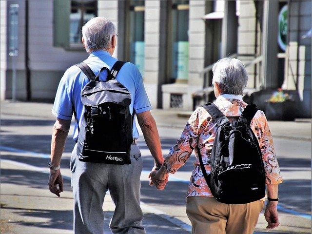 高齢者の旅行